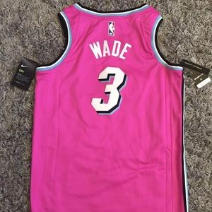 release date 23df2 fe00a Dwyane Wade Miami Heat 2018/19 Jersey Pink SMALL NWT